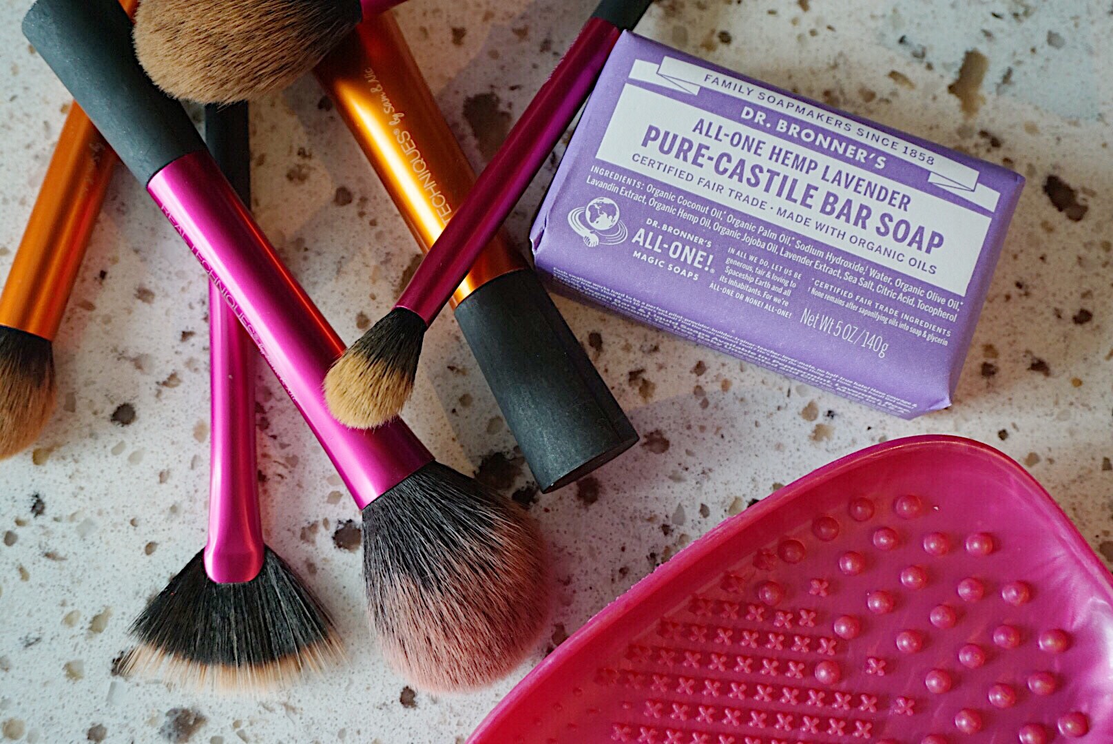 Make-up Brush Care Routine