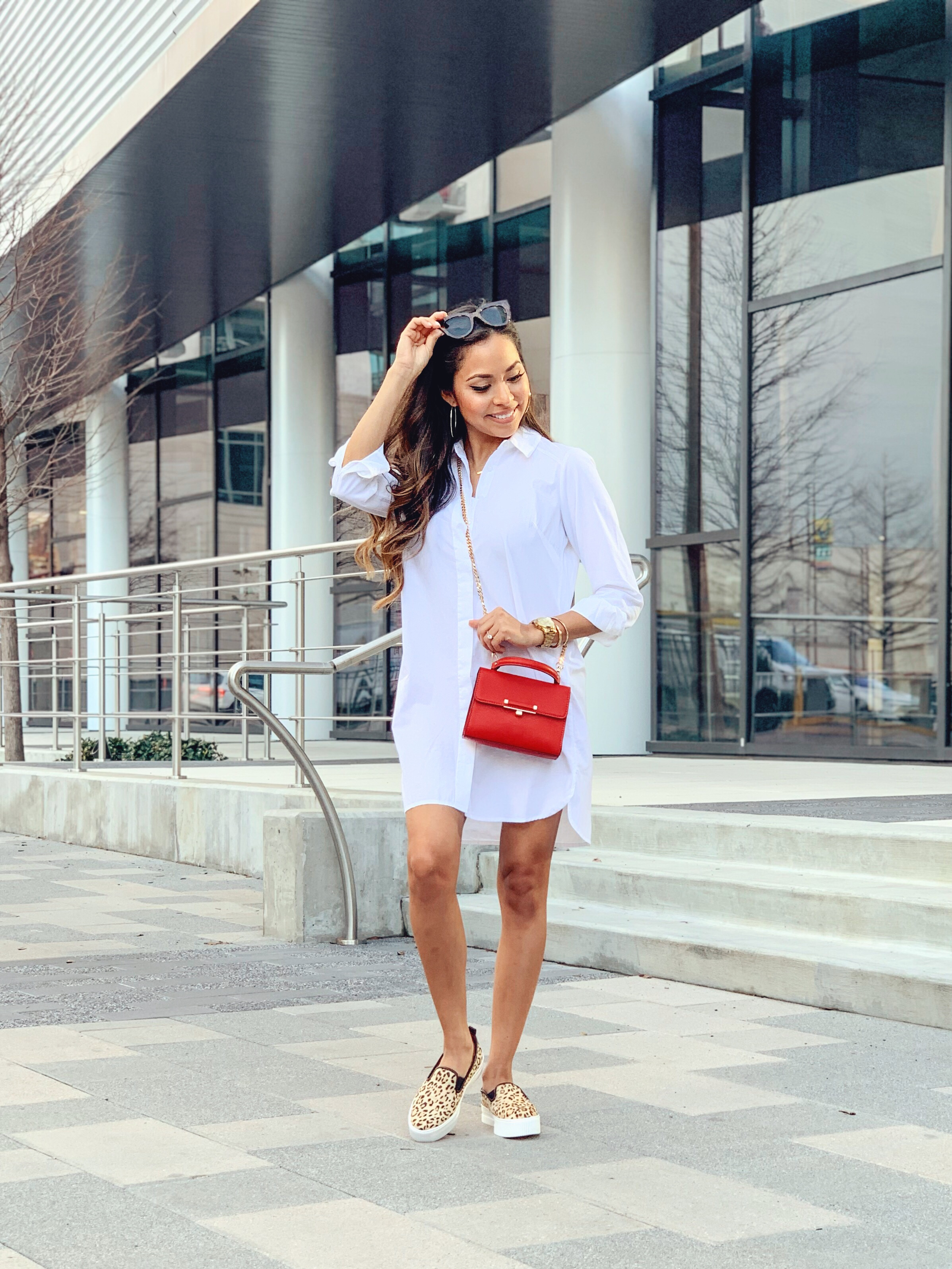 Simple but chic shirt dress